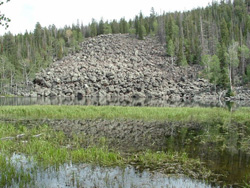 This rock slide is an example of a high-energy depositional environment. Image by August Bernardo, USFS.